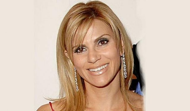 Cynthia Scurtis Engaged, Married, Husband, Divorce, Kids, Family