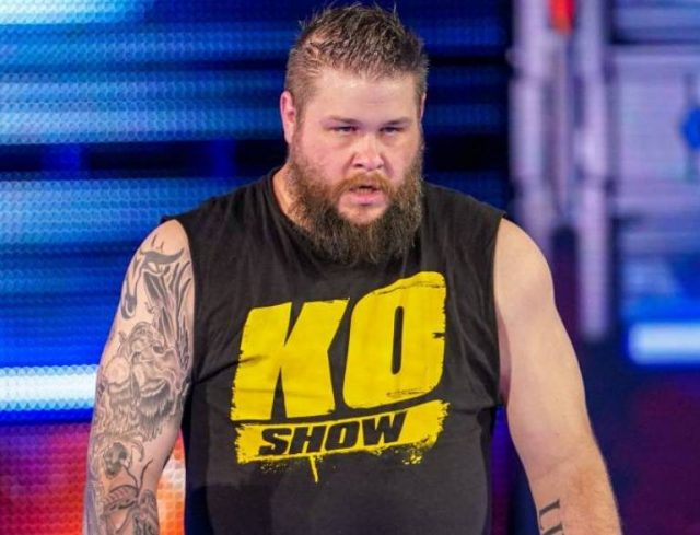 Kevin Owens Wife, Son, Family, Height, Weight, Age, Net Worth, Bio