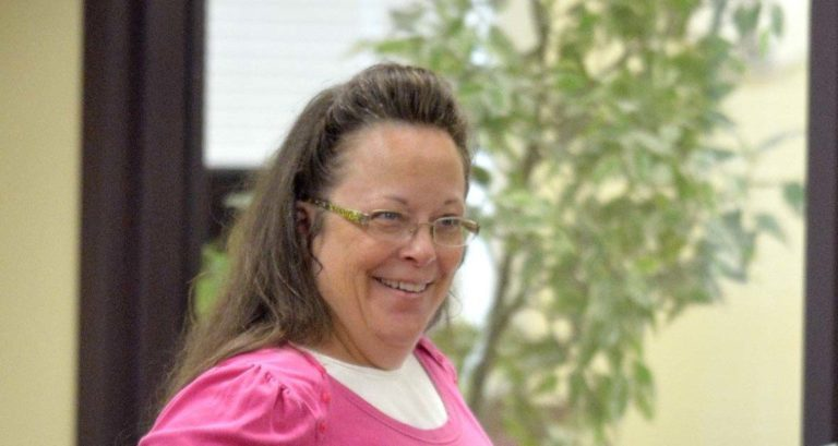 Kim Davis Biography and 7 Lesser Known Facts About The County Clerk