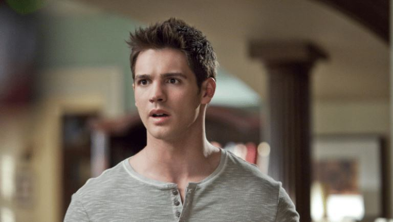 Steven R. Mcqueen: 7 Fast Facts About The American Actor and Model