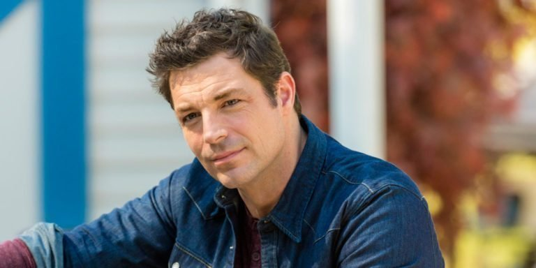 Brennan Elliott Married, Wife, Kids, Family, Height, Body Measurements