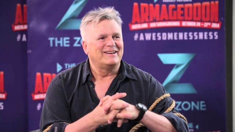 Richard Dean Anderson Daughter, Married, Wife, Family, Weight, Bio, Gay