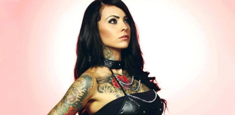 Zahra Schreiber Biography, Wiki, Relationship With Seth Rollins