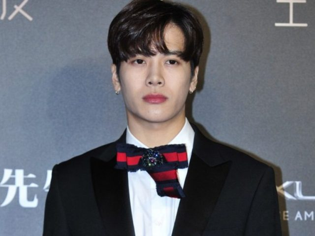Jackson Wang Bio, Height, Age, Brother, Girlfriend, Family, Other Facts