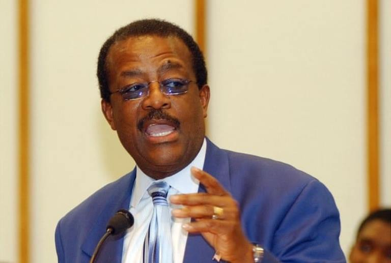 Johnnie Cochran – Bio, Wife, Death, Double Life And History Of Domestic Abuse