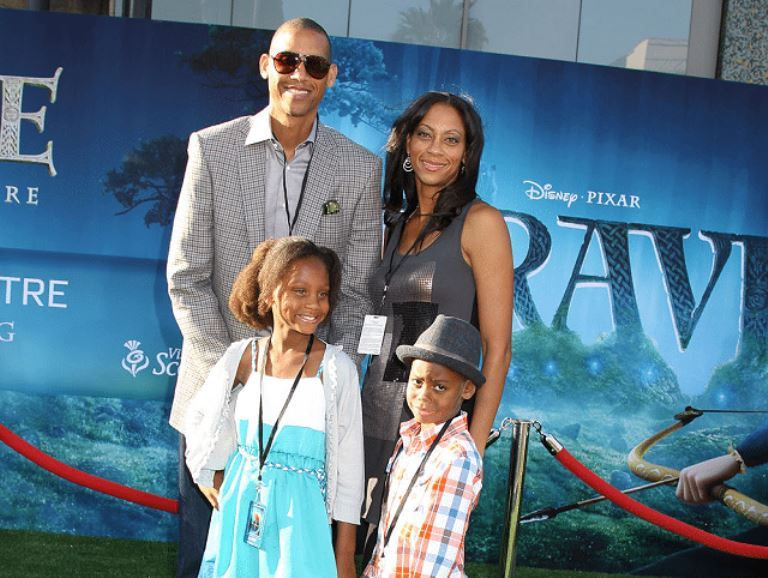 Reggie Miller Wife, Sister, Kids, Net Worth, Height, Wiki, is He Gay?