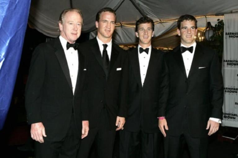 Cooper Manning – Bio, Married, Wife, Children, Family, Age, Net Worth