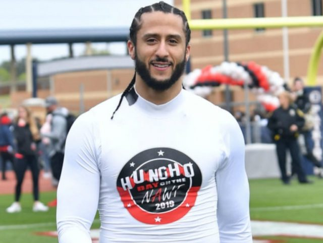 Colin Kaepernick Biography, Net Worth, Girlfriend Or Wife, Parents And Salary