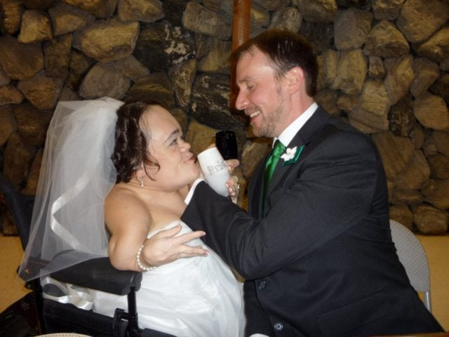 Gaelynn Lea Bio: Who Is Her Husband? Here Are Facts You Need To Know