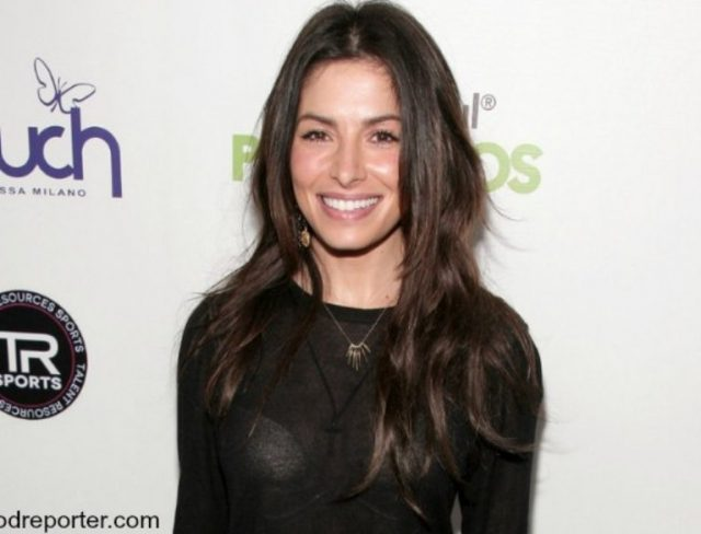 Who is Sarah Shahi's Husband – Steve Howey, Her Childhood and Family