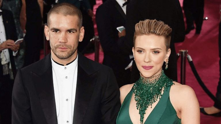 Scarlett Johansson's Dating History, Who Has She Dated In The Past or Dating Now?