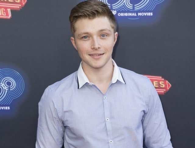 Sterling Knight Bio, Family Life, Age, Height and Other Interesting Facts