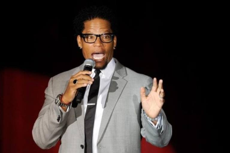D.L Hughley Wife, Son, Daughter, Family, Age, Height, Bio