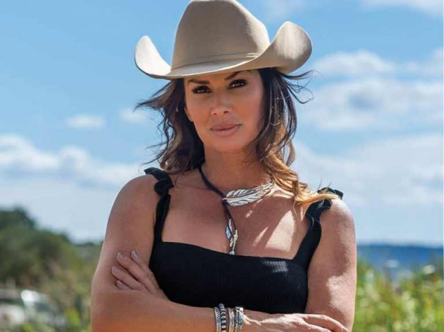 Debbe Dunning Biography, Is She Married? Here Are Facts