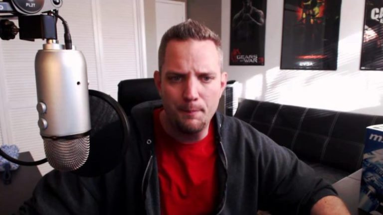 Who Is JayzTwoCents? His Wife, Age, Net worth And Other Facts
