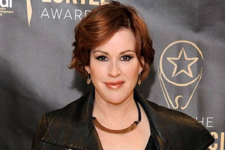 Molly Ringwald Bio, Who are Her Children, Husband, Net Worth and Age?