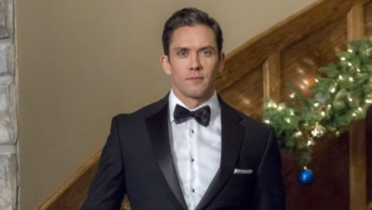 Neal Bledsoe – Biography, Wife Or Girlfriend, Movies And TV Shows
