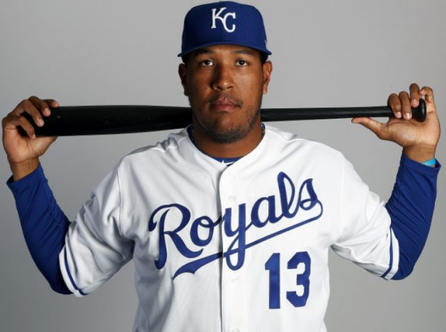 Salvador Perez Bio, Married, Wife, Son, Family, Salary, Age, Height